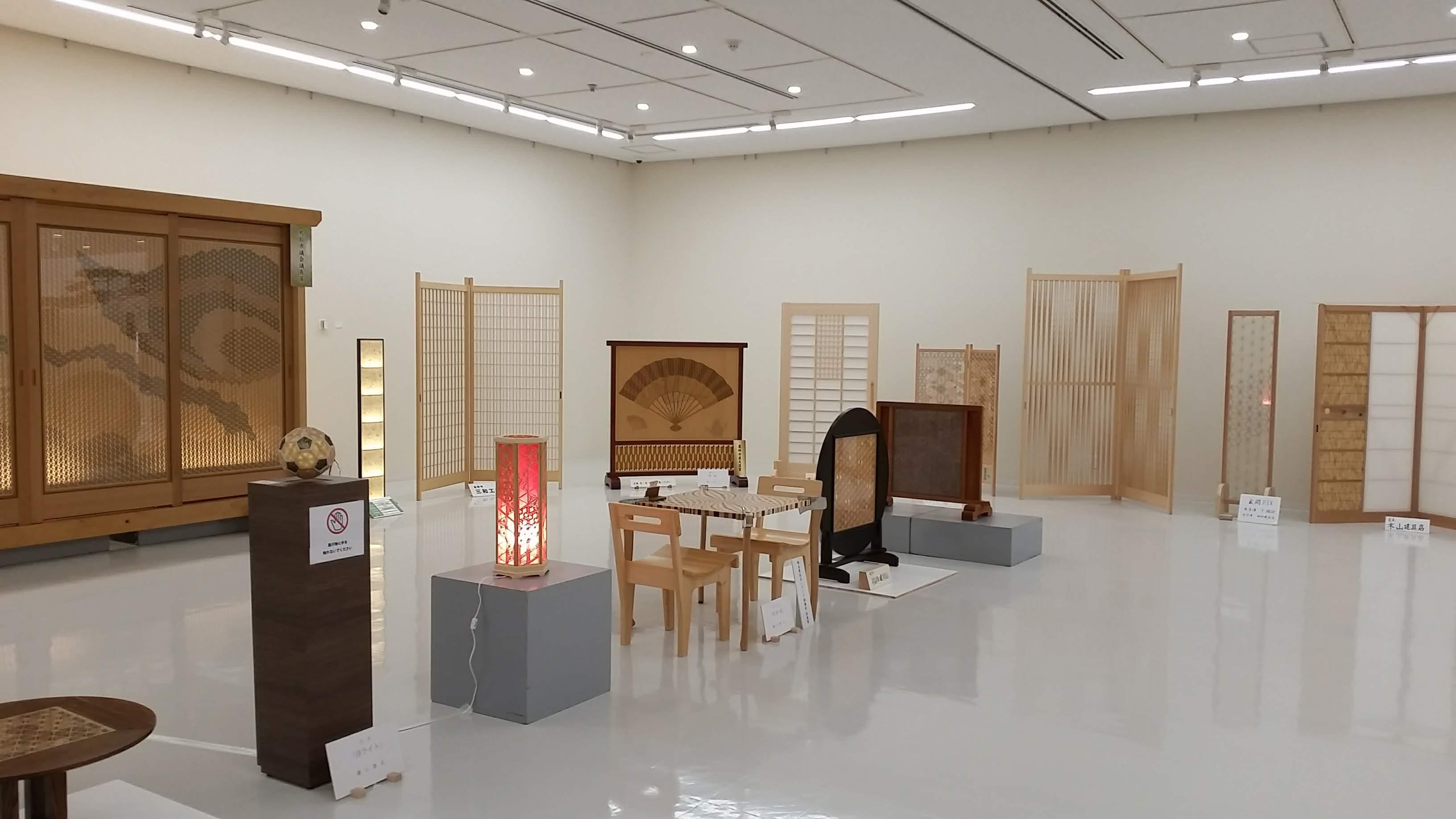 米子の木製建具ドア専門店 (株)ドアーズ